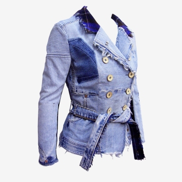 Upcycling Levi's Jeans (sand washed; light indigo) into femme reversible blazer, feature picture | Drezier Atelier made for In The Rye second-hand vintage store